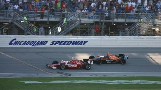 Сражение Диксона и Франкитти держало трибуны в напряжении всю гонку
