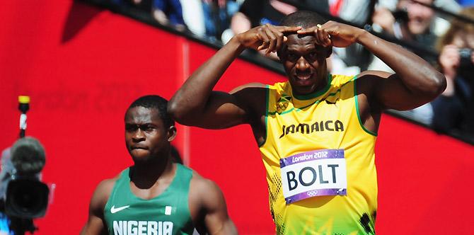 Лондон-2012. Легкая атлетика. 100 м. Блэйк пробежал в полуфинале за 9,85, Болт — за 9,87