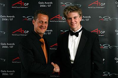 Михаэль Шумахер и Нико Хюлькенберг: покорители Ф1 и А1 вместе. Или - два клиента Вилли Вебера?