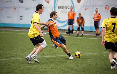 футбол 12